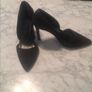 Toe Cleavage! Gray D'Orsay Pointed Toe High Heels